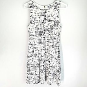 DKNY Sleveless Black White Dress Pockets 6
